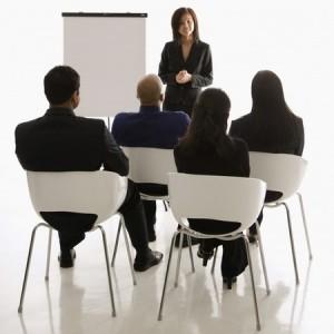 Noi sau voi? Ce alegeti cand vorbiti cu potentialii clienti?