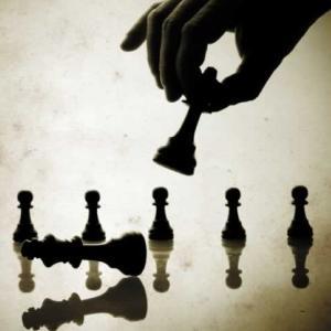 Strategii care ucid companii si cariere