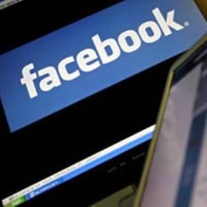 7 beneficii neasteptate ale Facebook-ului