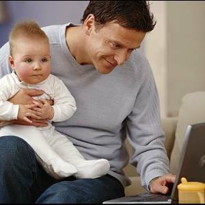 STUDIU: Angajatii spun ca sunt mai productivi cand lucreaza de acasa