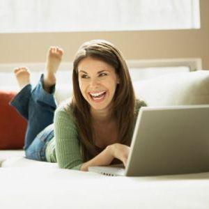Iti place sa te lauzi pe Facebook? Exista o explicatie