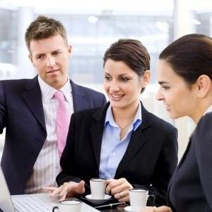 La ce sa te astepti cand dezvolti propria afacere