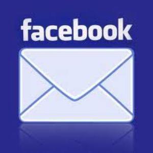 Facebook ne-a schimbat automat adresele de mail afisate pe profil. Vezi cum poti reveni la setarile anterioare