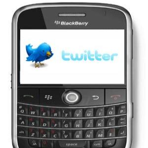 Va folositi telefonul pentru a accesa Facebook sau Twitter? Mai ganditi-va