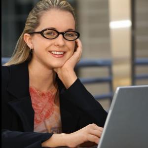 Angajatorii iti verifica profilul din retelele de socializare. Ce urmaresc acestia