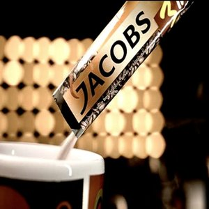 Jacobs 3in1 se debaraseaza de promotiile-cliseu