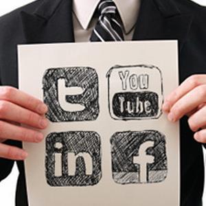 Social media te ajuta sa te angajezi: Exemple de CV-uri creative
