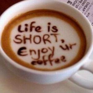 Viata este scurta. Traieste-ti visul!