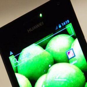 Ce strategie abordeaza Huawei pentru a-i bate pe cei de la Apple si Samsung