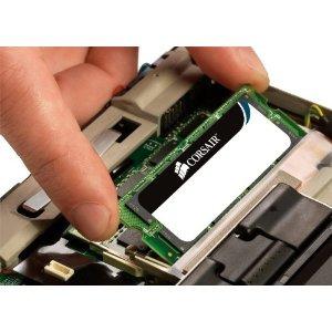 Apple schimba software-ul pentru laptopuri si telefoane