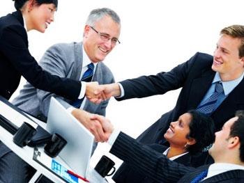 4 sfaturi despre cum poti schimba simplele contacte in relatii