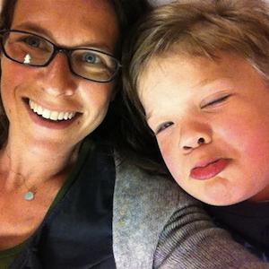 Facebook a ajutat la salvarea vietii unui baietel caruia medicii nu ii puteau da un diagnostic