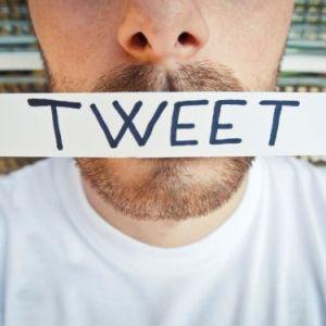 Unor turisti le-a fost refuzat accesul in SUA dupa ce au postat un tweet incriminator