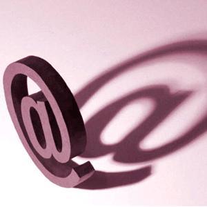 Email-ul este mai popular ca berea