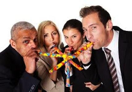 Poarta-te frumos la petrecerile de la birou