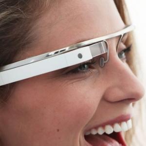 Ochelarii Google, destinati exclusiv adultilor?