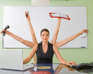 STUDIU: Multitasking-ul ucide productivitatea