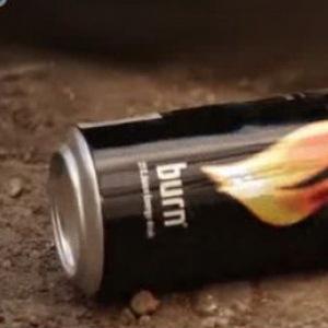 Mix de muzica si publicitate romaneasca: Burn se promoveaza printr-un videoclip muzical