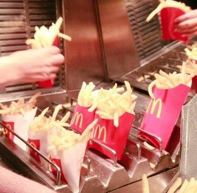 McDonald a pus stapanire pe toti cartofii prajiti de la Olimpiada