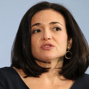 Confesiunile unei femei de cariera: Nu exista echilibru munca-viata personala