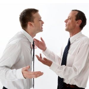 5 capcane ale gandirii critice si cum sa le eviti