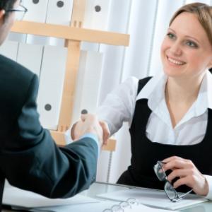 5 intrebari adresate de candidatul ideal in cadrul interviului