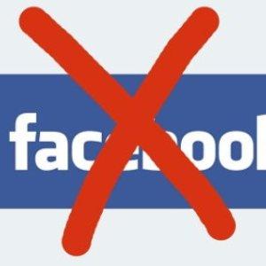 Daca nu esti pe Facebook, esti sociopat?