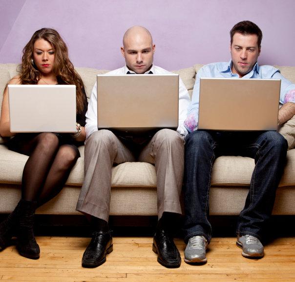 STUDIU: Cum arata datele demografice in materie de retele sociale online