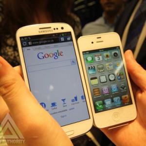 Noul iPhone va avea in sfarsit un ecran mai mare, de 4 inci