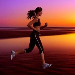 Minte sanatoasa intr-un corp sanatos: 10 beneficii ale exercitiilor fizice