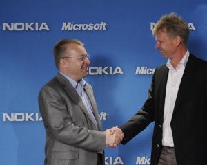 Microsoft intra in posesia actiunilor Nokia