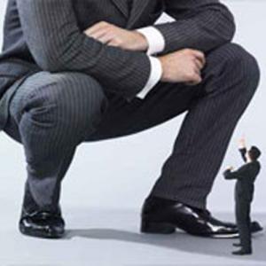 Iata cum o companie mica poate sa-i fure clientii uneia mai mari