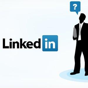 LinkedIn a introdus butonul Follow pentru companii