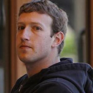 Zuckerberg nu mai e in topul celor mai bogati oameni ai lumii