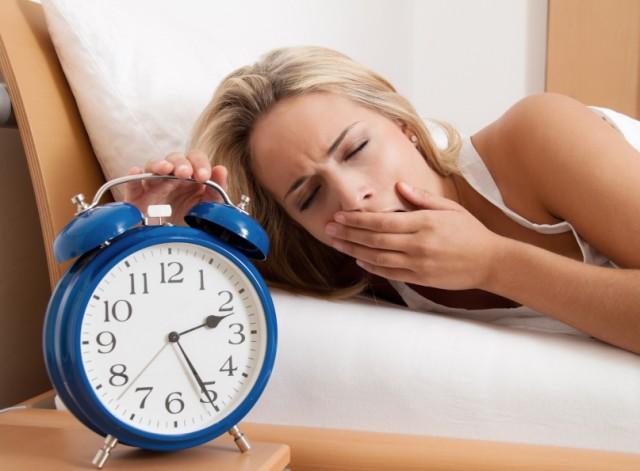 5 sfaturi pentru a te trezi de dimineata