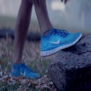 Reclama zilei: Nike isi redefineste inteligent sloganul