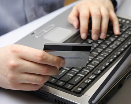 Premiera: Romanii pot plati intretinerea online si cu cardul prin intermediul unei aplicatii