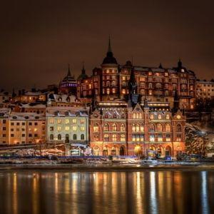Suedia: Tara in care pana si cersetorii accepta donatii pe card