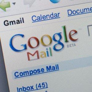 Google ne arata cum ajunge un email la destinatie