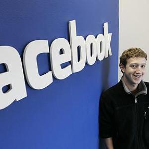 Facebook si noua sa functie de promovare a postarilor. Ar trebui incercata sau nu?