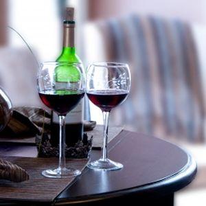 Este oficial! Vinul rosu lupta impotriva diabetului, cancerului si imbatranirii!