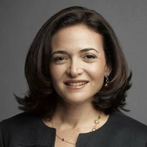 Intre controversa si realitate: 10 replici prin care Sheryl Sandberg picteaza imaginea femeii in prezent!