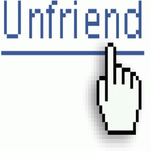 Daca stergi pe cineva din lista de prieteni pe Facebook nu-ti va mai fi prieten deloc