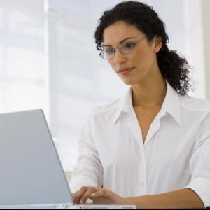 De ce se uita angajatorii la profilul tau de Facebook