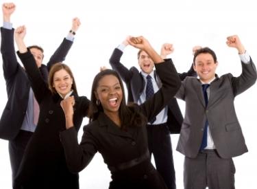 De ce este bine pentru afacerea ta sa ai angajati fericiti