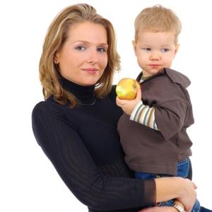 Mamele casatorite sunt cele mai defavorizate la angajare