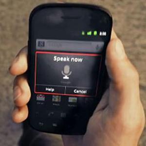 SONDAJ: Aproape jumatate din adolescentii britanici au telefoane inteligente