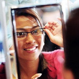 Proba de ochelari. Acum si online