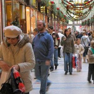 VIDEO: Nevoile de Consum