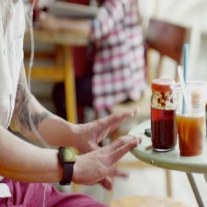 Reclama zilei: Ne arata Apple noul iWatch?